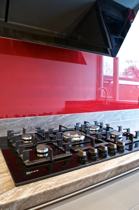 Gloss Loam Handleless Fitted Kitchen With Neff Appliances