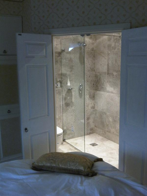 Small ensuite shower room designs for Wet room design ideas pictures