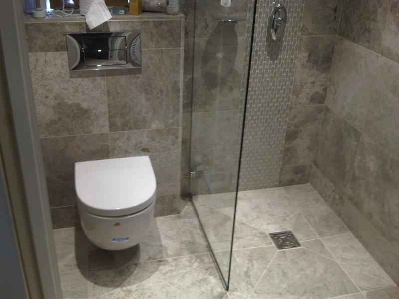 Wet room and bathroom headroomgate st annes on sea for Wet floor bathroom designs