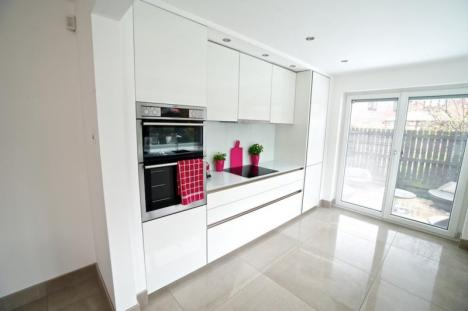 Minimalist contemporary Fitted kitchen Lytham St Annes