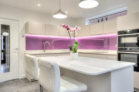 High/gloss-kitchen