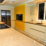 Keller kitchen with island, breakfast bar and Karndean flooring