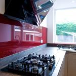 Neff 5 burner gas hob and made to measure glass splashback